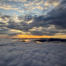 Plane above the cloud pic